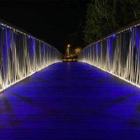 Projecteur linéaire LINE led pour passerelle ou petit pont