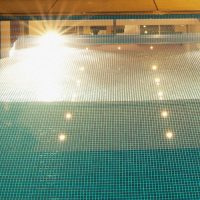 spot immergé younes pour piscine