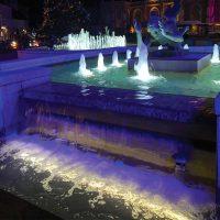 Spot linéaire immergé ALEXIS led dans une fontaine