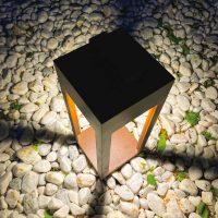 Spot contemporain borne Merida pour jardin et éclairage de nuit